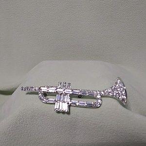 Rhinestone Trumpet Brooch Pin